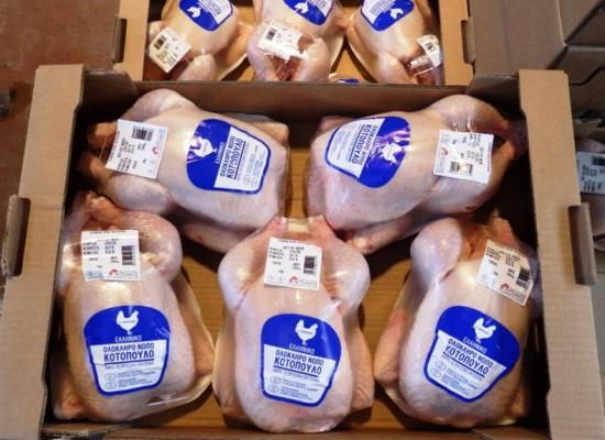 Διανομή κοτόπουλου στους ωφελούμενους του Δήμου Σοφάδων